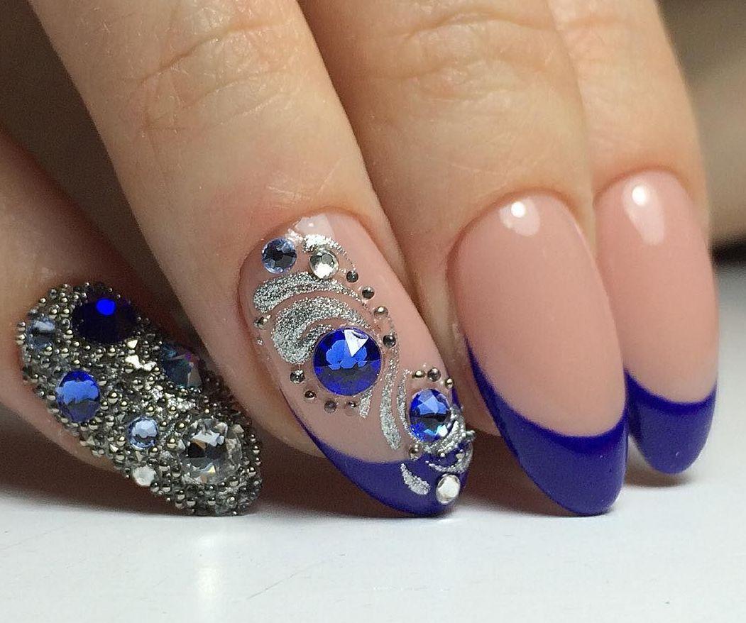 популярной дизайн ногтей с камнями и стразами фото чутко обычно
