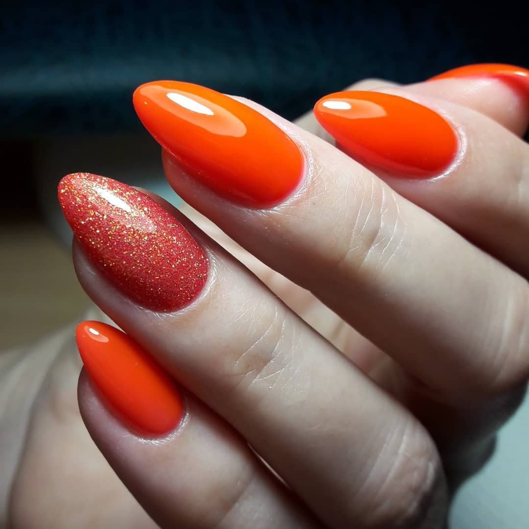 Оранжевый маникюр: идеи неотразимого дизайна для этой весны!